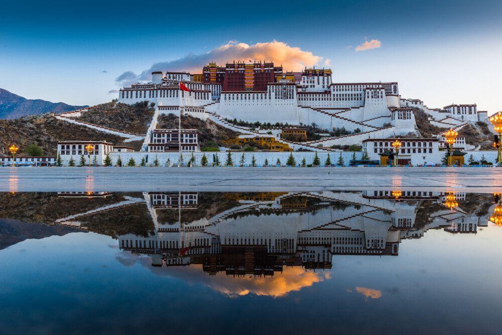 China • Tibet • Nepal - Von Shanghai über Lhasa nach Kathmandu