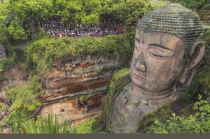 Große Buddha-Statue in Leshan