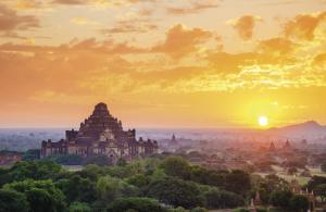 Sonnenuntergang in Bagan