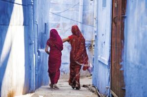 Zwei Damen im Saree