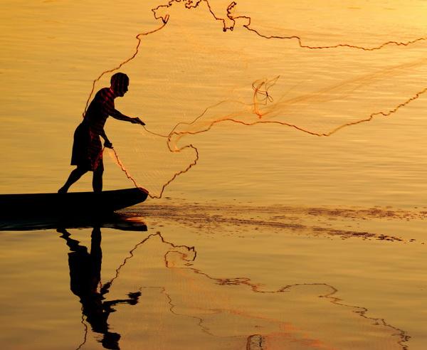 Laotische Fischer bei der Arbeit auf dem Mekong