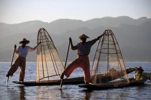 Traditionelle Fischer auf dem Inle-See