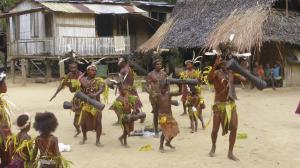 Traditionelle Tänze auf Kiriwina Island