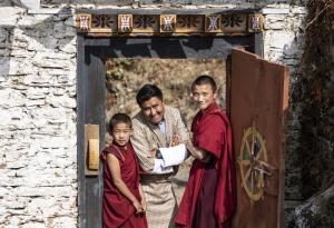 Sikkim • Bhutan • Nepal - Teeplantagen, Dzongs und Stupas