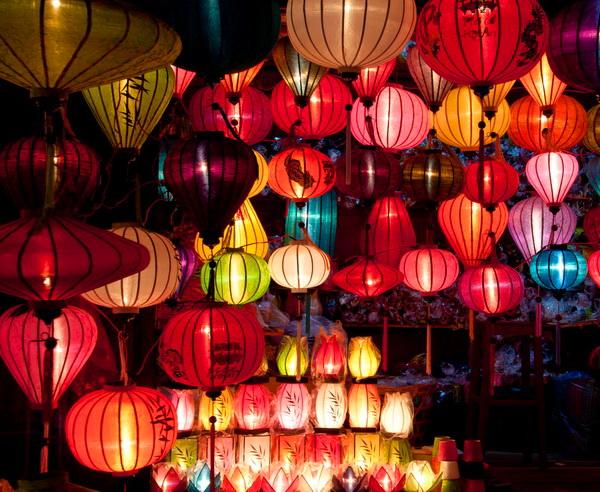 Traditionell vietnamesische Lampignons