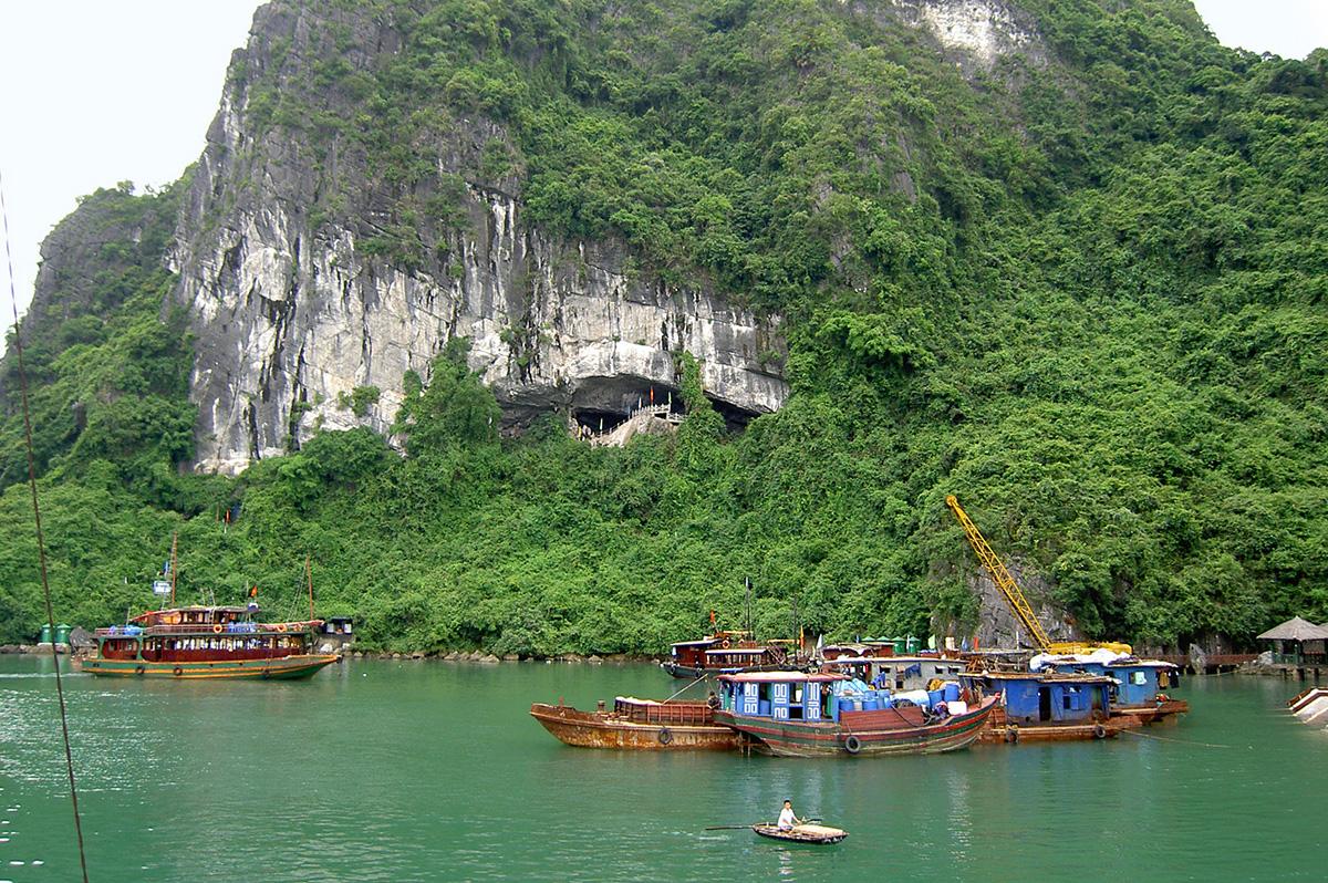 Vietnam  -  Kultur, Küste und Meer